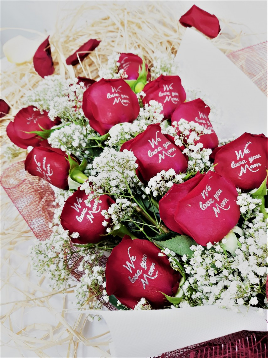 1524661436-h-250-_Rosehill's We Love You Mom Bouquet with Babys Breath- Red.jpg